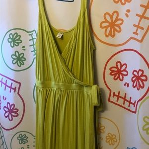 Old Navy Dresses - Old Navy Lime Green Maxi Faux Wrap Dress L Petite